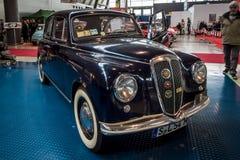 小家用汽车蓝旗亚阿皮亚Berlina,第一个系列, 1954年 库存照片