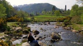 小小河艺术Glendalough在威克洛山脉爱尔兰 股票录像