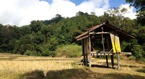 小屋在农场 免版税库存图片