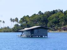 小屋在海/泰国 库存图片