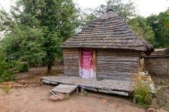 小屋在Dindefelo 免版税库存照片