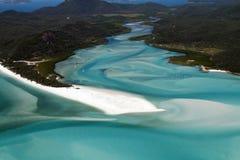 小山入口鸟瞰图和Whitehaven技巧靠岸, Whitsunday海岛,昆士兰,澳大利亚 免版税库存图片
