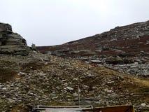 小山和岩石 图库摄影