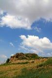 小山在蓝天下 图库摄影