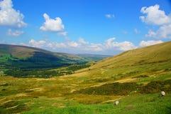小山在高峰区英国 免版税库存照片