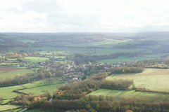 从小山的看法Vezelay,一最美丽的村庄在法国 库存照片