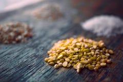 小山豌豆沙粒 免版税库存图片