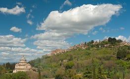小山顶镇,托斯卡纳 免版税库存照片
