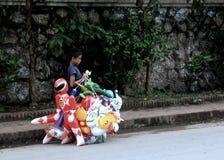 小店主在老挝 库存照片