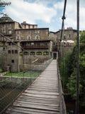 小径桥梁在鲁皮蒂普鲁伊特村庄  库存图片