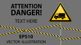小心-危险警报信号安全 当心汽车 与一个黑图象的一个黄色三角 在杆的标志和 免版税库存照片