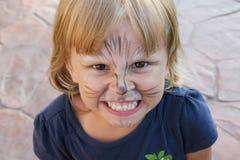小恼怒的女孩 免版税图库摄影