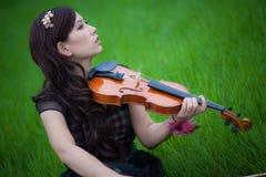 小提琴球员 库存照片