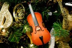 小提琴装饰品 免版税库存照片