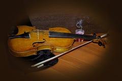 小提琴静物画 免版税库存照片