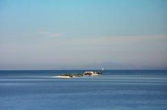 小教会的海岛 库存图片