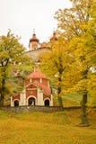 小教堂,一部分的受难象在Banska Stiavnica 库存照片