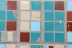 小方形的瓦片纹理  米黄,蓝色,绿松石和褐色 库存图片