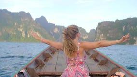 小木小船在湖 股票视频
