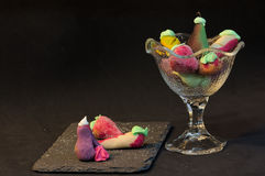 小杏仁饼形状的果子 免版税图库摄影