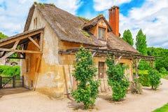 小村庄女王玛丽・安托瓦内特` s庄园风景  库存照片