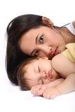 小母亲年轻人 免版税图库摄影