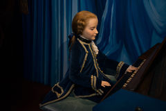 小沃尔夫冈・阿马德乌・莫扎特在蜡象的Grevin博物馆在布拉格 库存照片