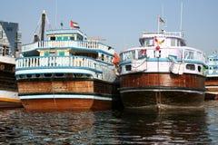 小河单桅三角帆船迪拜 免版税图库摄影