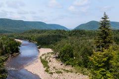 小河和小山在布雷顿角岛 免版税图库摄影