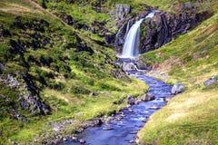 小河和瀑布 库存照片