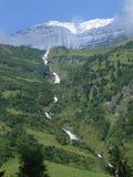 小河在阿尔卑斯 免版税库存照片