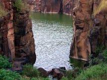 小河水 库存图片