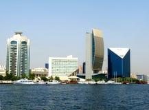 小河迪拜地平线 免版税库存图片