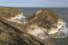 小海湾和海湾在Flamborough在约克夏,英国朝向 免版税图库摄影