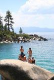 小海湾游泳tahoe 库存照片