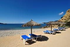 小海滩美丽的ibiza 免版税库存图片
