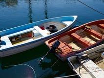 小渔吹嘘在菲英岛的丹麦一个港口 免版税库存照片