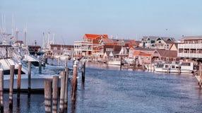 小游艇船坞在开普梅NJ美国 免版税库存照片