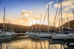 小游艇船坞在托尔托拉岛 库存照片
