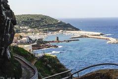 小游艇船坞在撒丁岛 库存照片