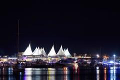 小游艇船坞在晚上 免版税库存图片