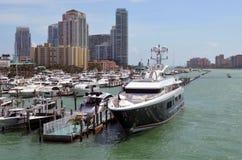 小游艇船坞在迈阿密海滩,佛罗里达 库存照片