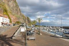 小游艇船坞在Calheta 库存图片