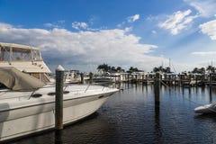 小游艇船坞手段在佛罗里达 库存照片