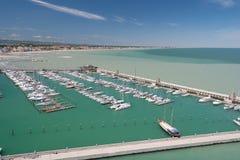 小游艇船坞海湾在里米尼,意大利 免版税库存图片