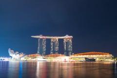 小游艇船坞海湾夜视图在2017年11月3日的新加坡铺沙度假旅馆 免版税库存图片