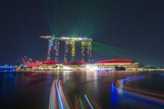 小游艇船坞海湾沙子,新加坡2015年10月12日:嘘美丽的激光 免版税库存照片