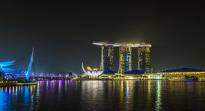小游艇船坞海湾沙子,新加坡2015年11月05日:小游艇船坞海湾waterf 库存图片