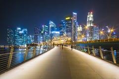 小游艇船坞海湾沙子,新加坡2015年10月12日:美丽的走道 库存照片