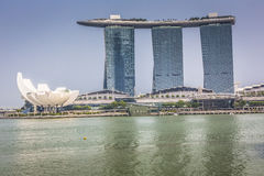 小游艇船坞海湾沙子,新加坡2015年11月05日:美好的天在 库存图片